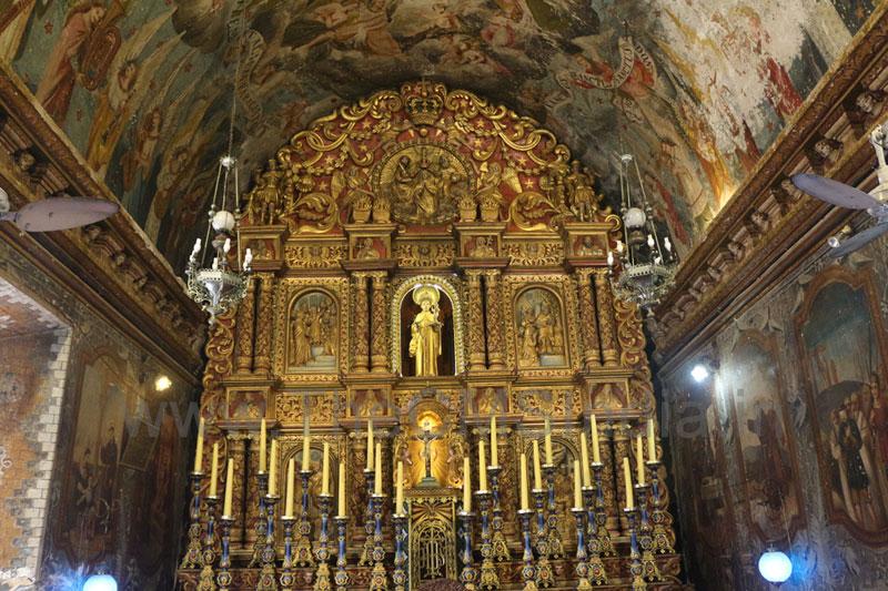 St. Antony's Church, Ollur, Thrissur - Altar
